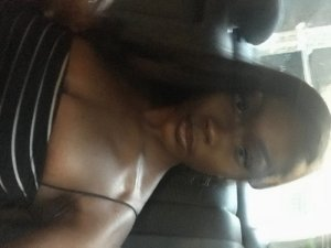 Fatoumia live escorts in Taylor
