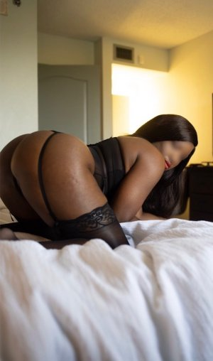 Anthonia escort girl in Crowley